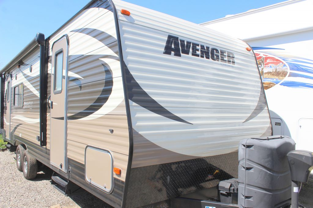 2014 FOREST RIVER PRIME TIME AVENGER 25R