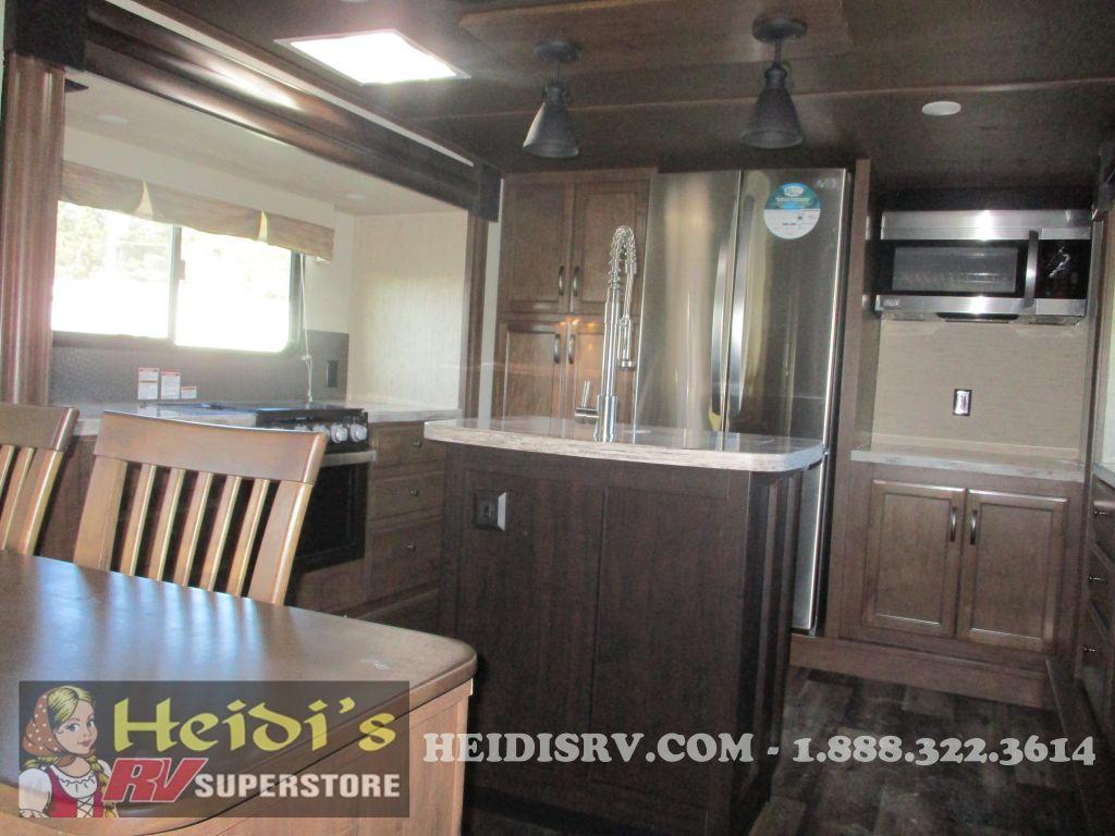 New 2018 Sierra Forest River 38fkok Front Kitchen