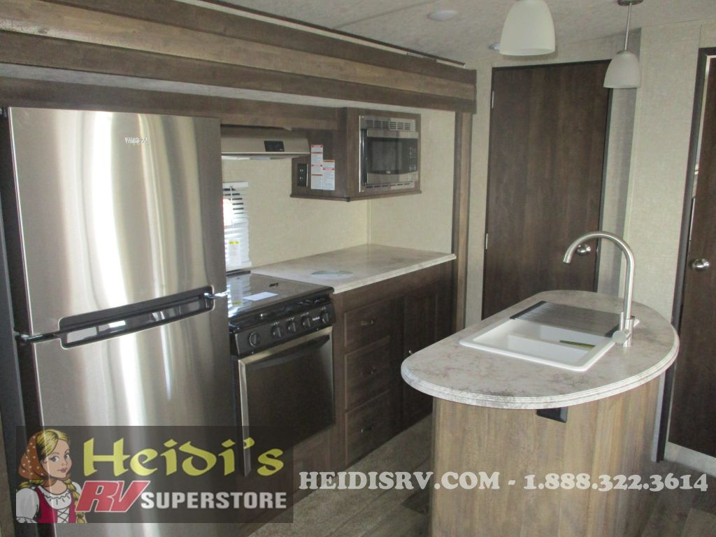 New 2019 Vibe Forest River 313bhs Bunks Island Kitchen