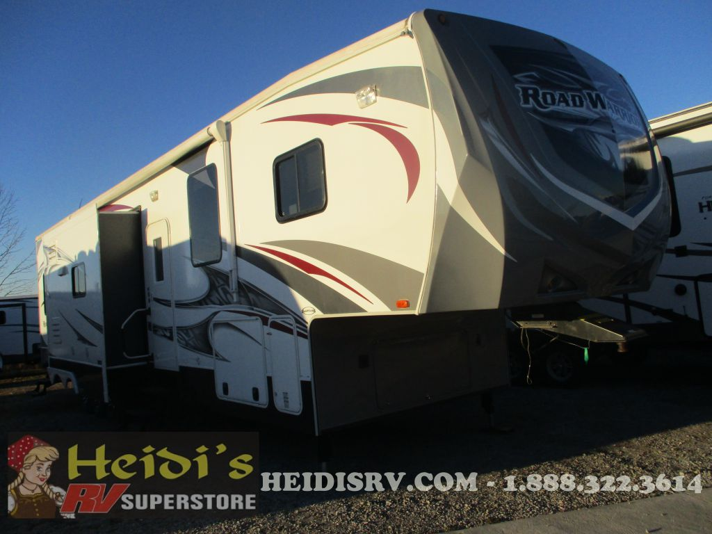 2013 ROAD WARRIOR HEARTLAND 415RW - (FIFTH WHEEL) 1 & 1/2 BATHS