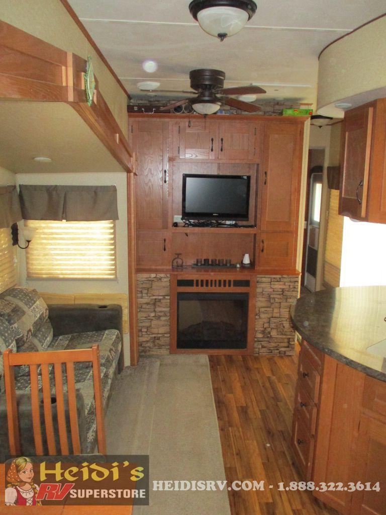 2011 Salem Forest River 408loft 3 Bedroom 1 1 2 Baths Lot 10 Heidi 39 S Rv Centre