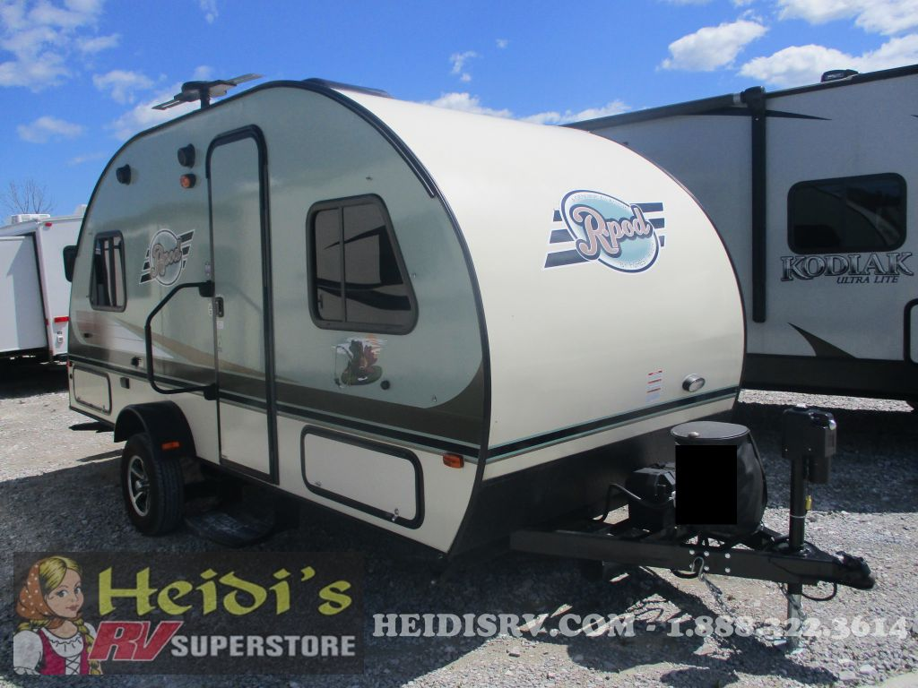 2016 R-POD FOREST RIVER 178