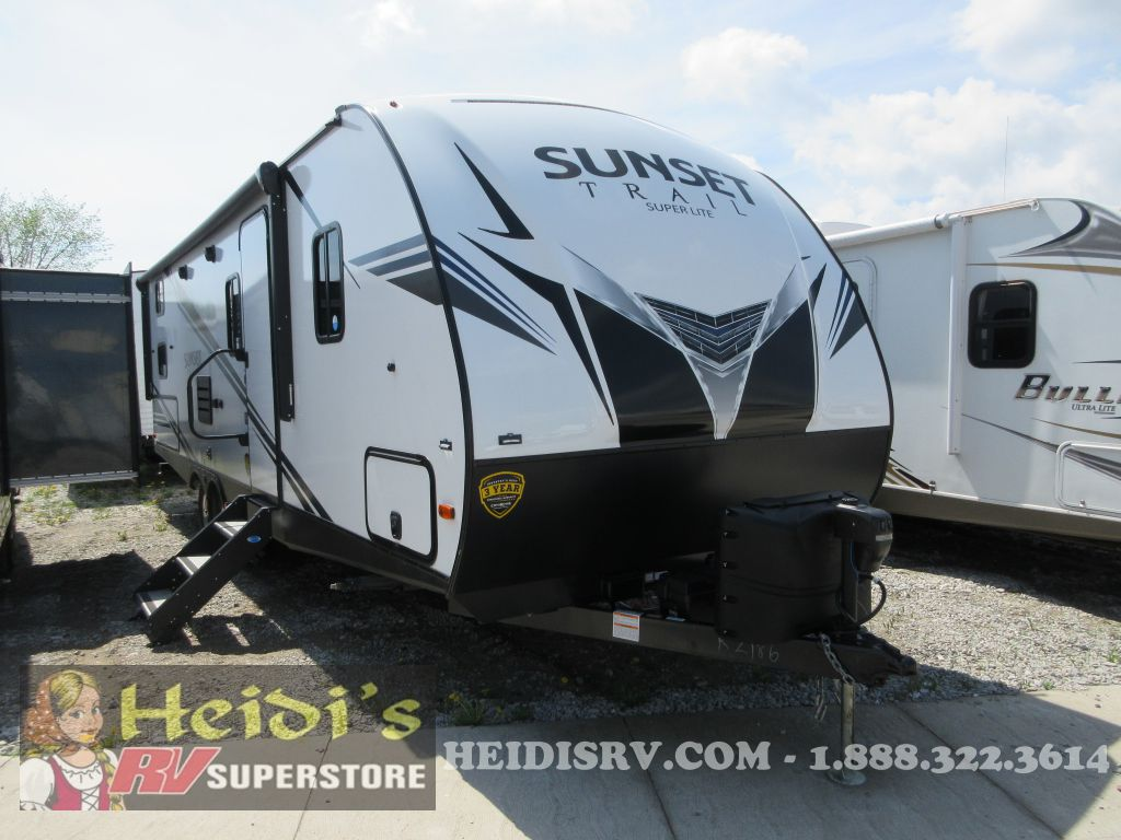 2019 SUNSET TRAIL CROSS ROADS 262BH - DBL/DLB BUNKS, OUT. KITCHEN
