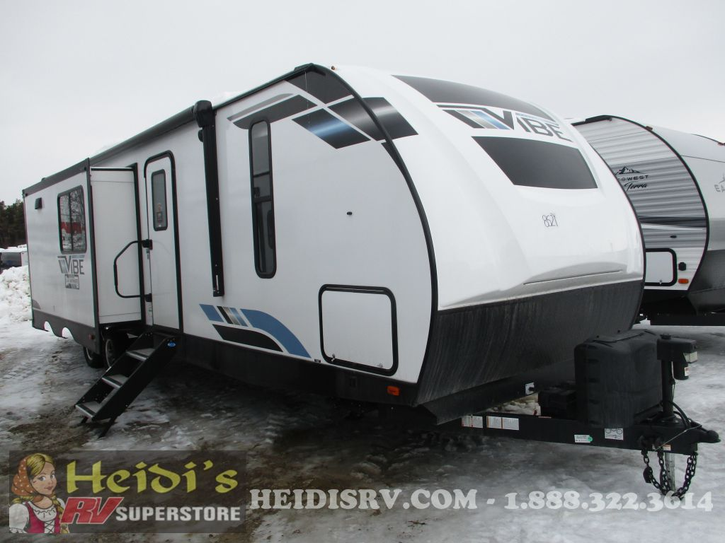 2021 FOREST RIVER VIBE 34BH (TRIPLE BUNKS, ISLAND KITCHEN, OUT. KITCHEN)