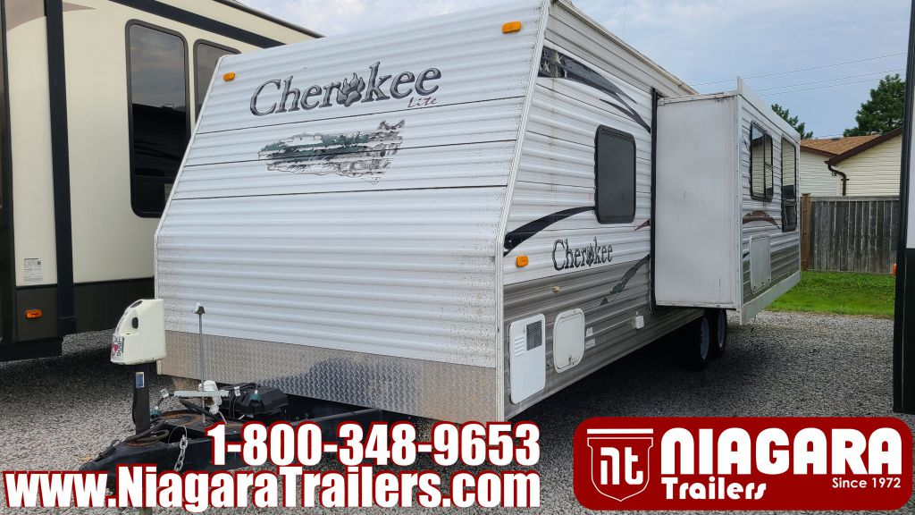 2009 FOREST RIVER CHEROKEE 27BH