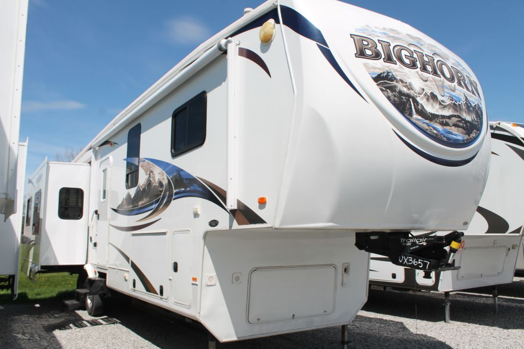 2011 HEARTLAND BIG HORN, 3610RE
