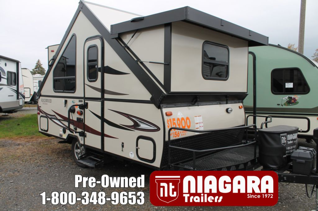 2017 FOREST RIVER ROCKWOOD PREMIER A122BH