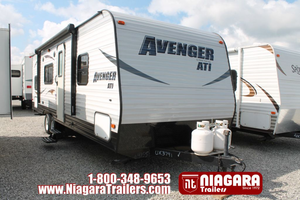 2014 FOREST RIVER AVENGEERR 26BH