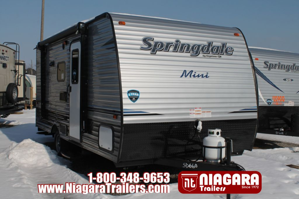 2018 KEYSTONE SUMMERLAND MINI 1800BH