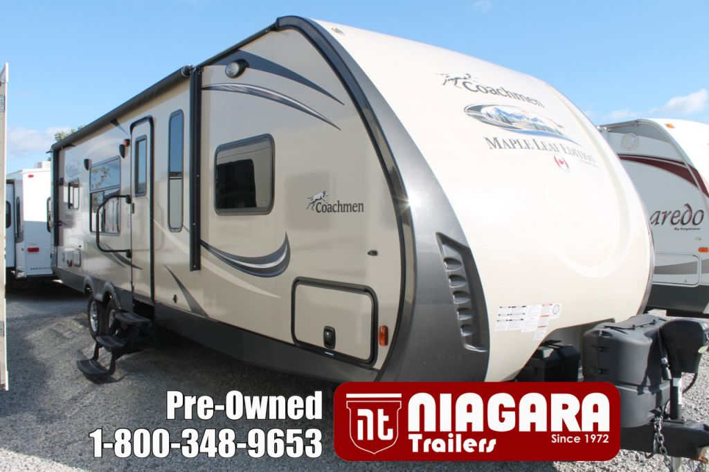 2016 COACHMEN FREEDOM EXPRESS, 305RKDS