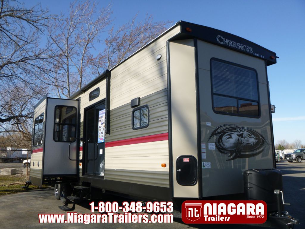2018 FOREST RIVER CHEROKEE 39CL