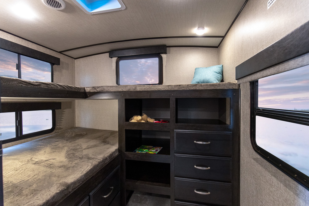 New 2019 Grand Design Imagine 3000qb Travel Trailer