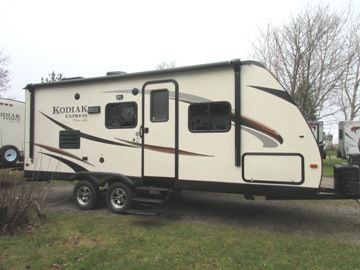 2015 DUTCHMEN KODIAK EXPRESS 223 RBSL