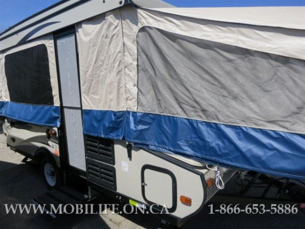 2013 COACHMEN 128ST HOT WATER