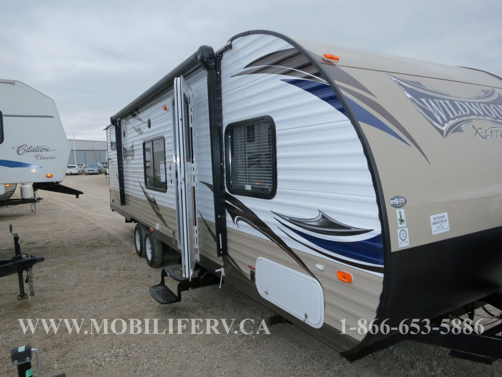 2015 FOREST RIVER 281QBXL ***CLEARANCE PRICING***