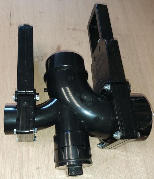 Roadtrek gate valve Clean out