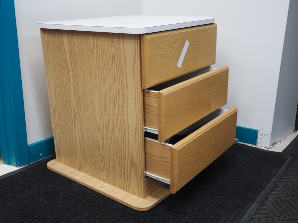 Roadtrek GM/Dodge 190 3 Drawer Cabinet
