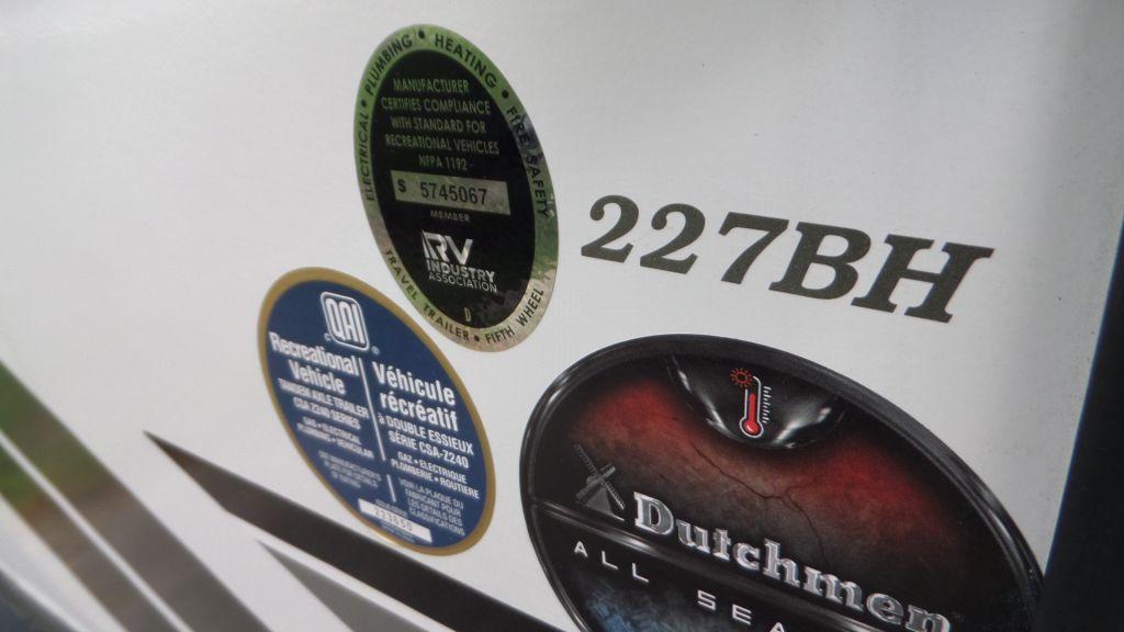 2020 Dutchmen RV 227bh