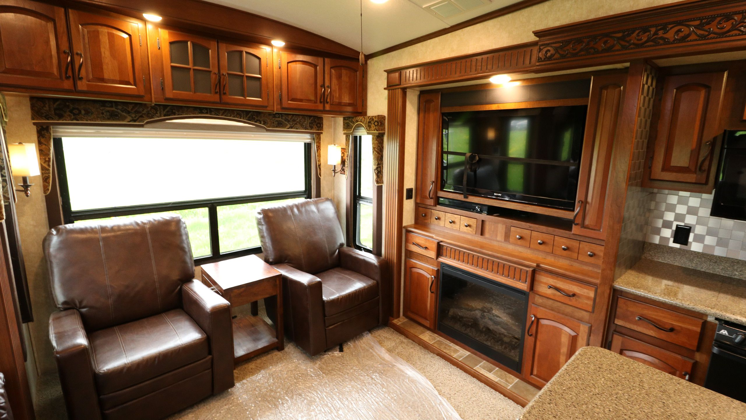 Montana 5Th Wheel For Sale >> View Can-Am RV Centre RVs for sale | 1 - 10 of 21 units
