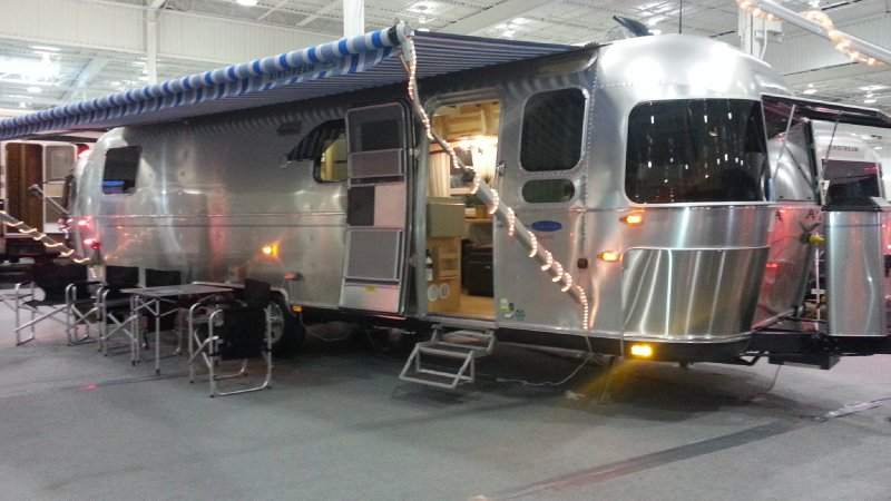 Frontal View of a 2014 AIRSTREAM 30, Classic