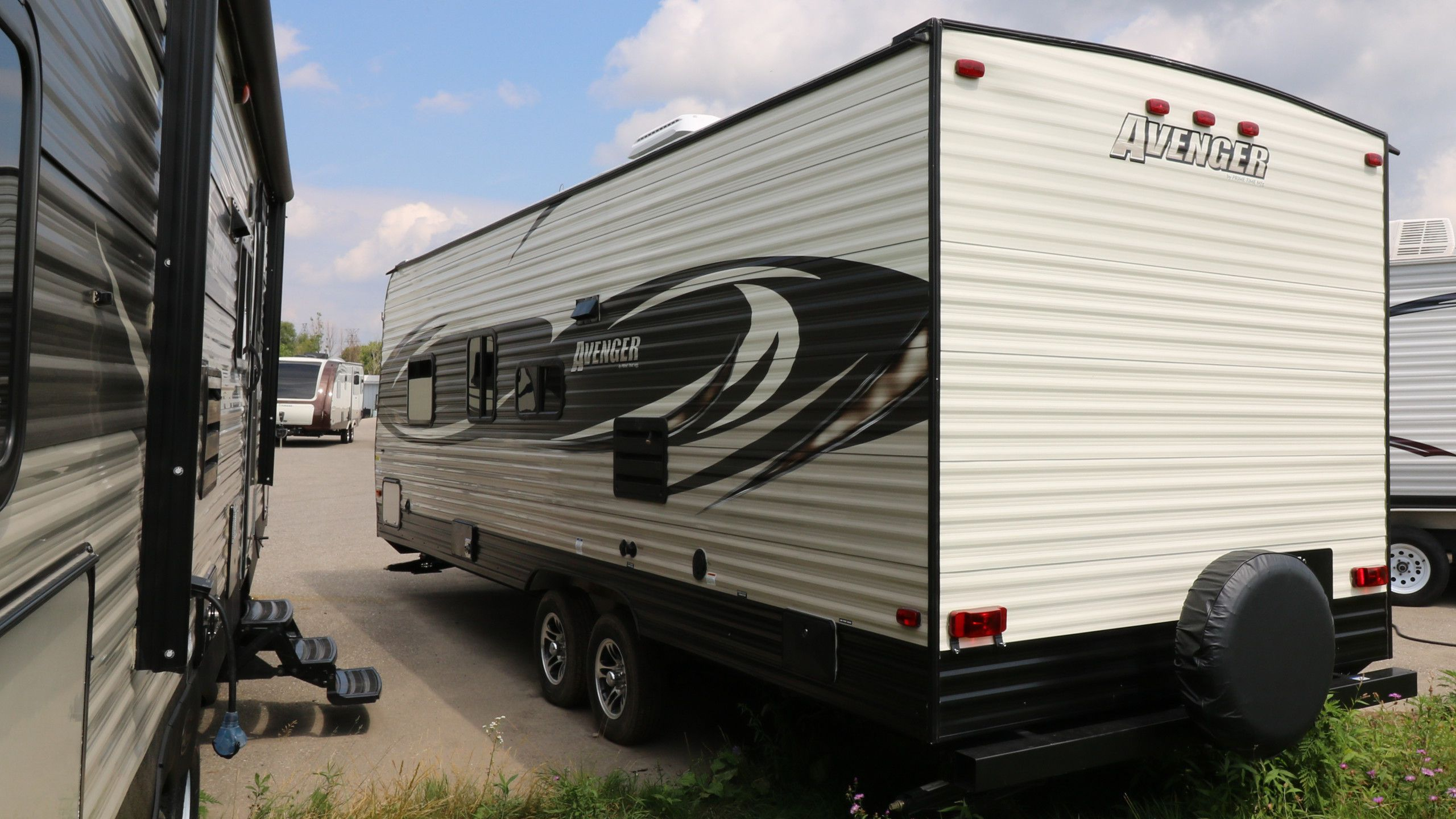 Fantastic Trailer At Happy Hills  Travel Trailers Campers  London  Kijiji