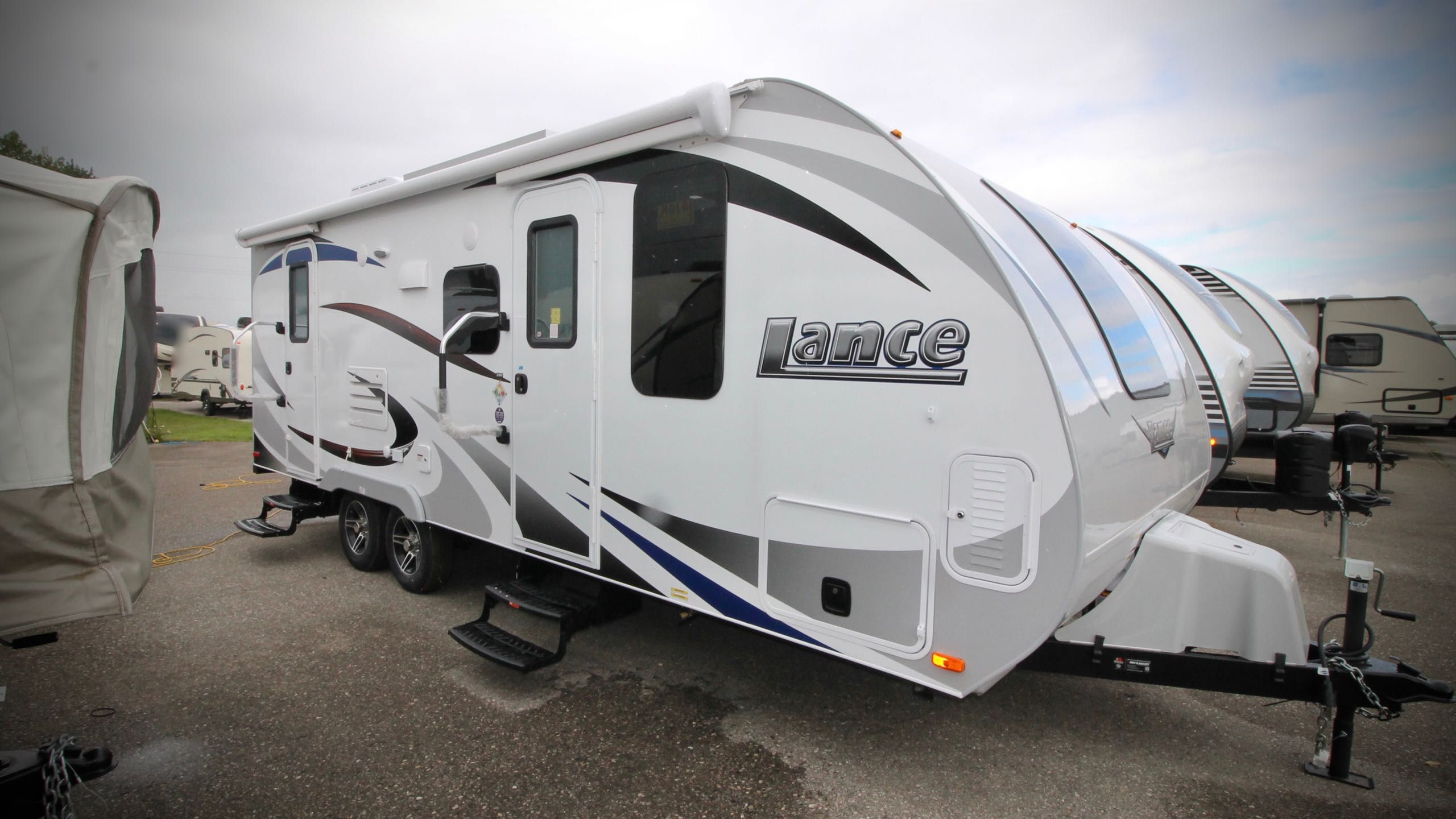 Lance 2185 Can Am Rv Centre