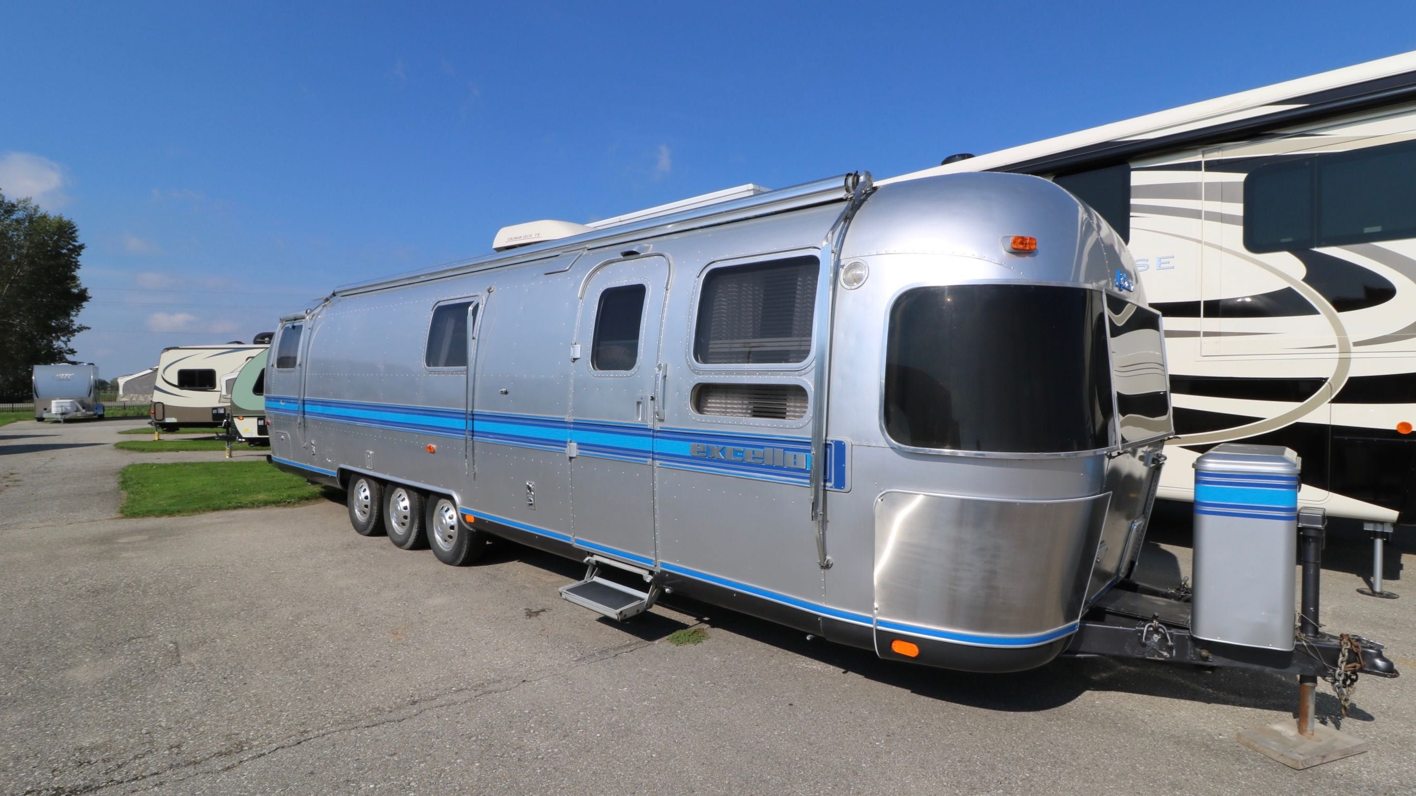 Airstream Travel Trailers - Can-Am RV Centre