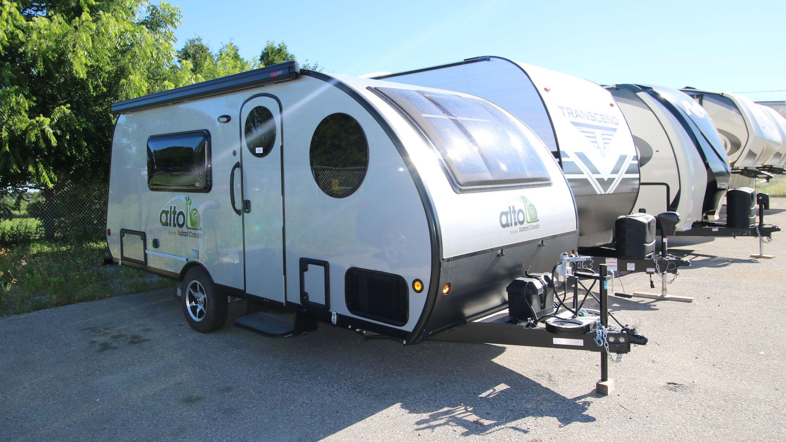 View Can-Am RV Centre RVs for sale | 31 - 40 of 103 units
