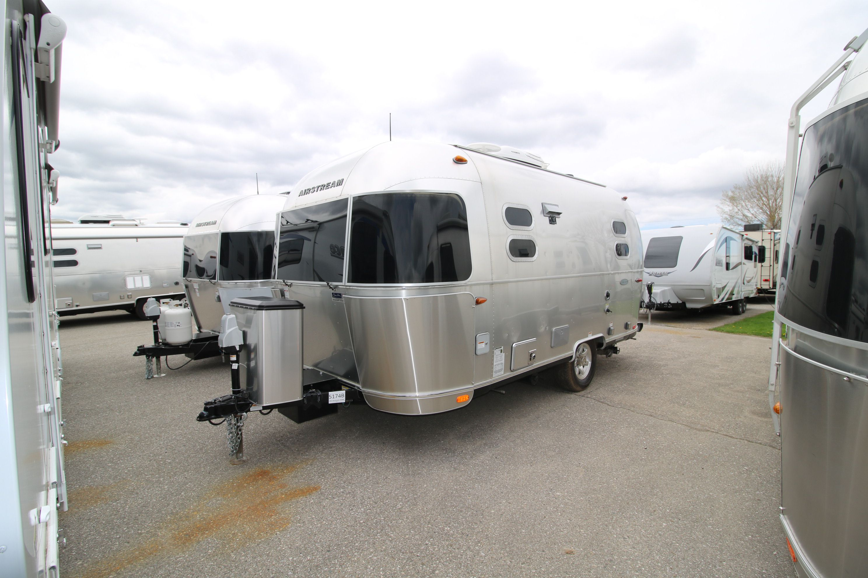 Airstream Travel Trailers - Airstream of Ontario