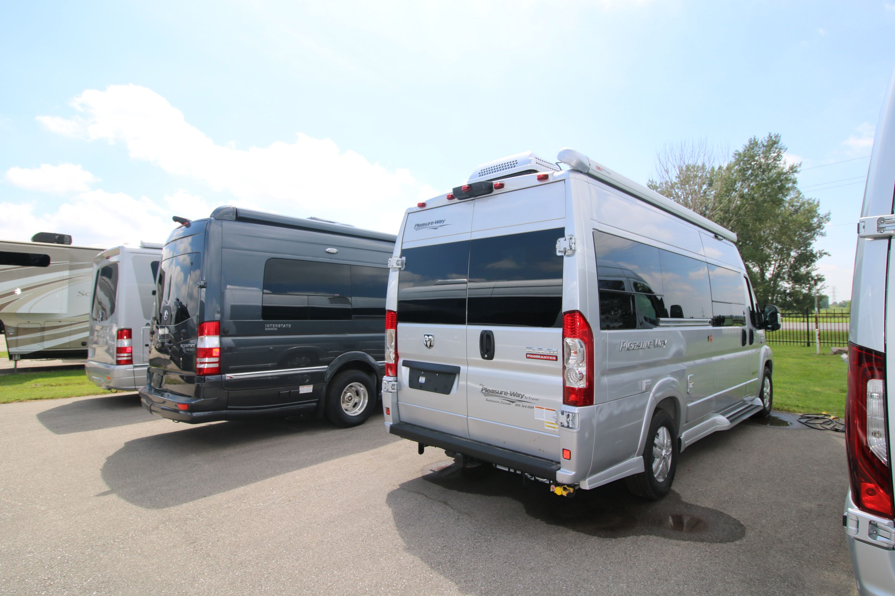 New and Used RV Motorhomes Bs for Sale - RVHotline Canada RV