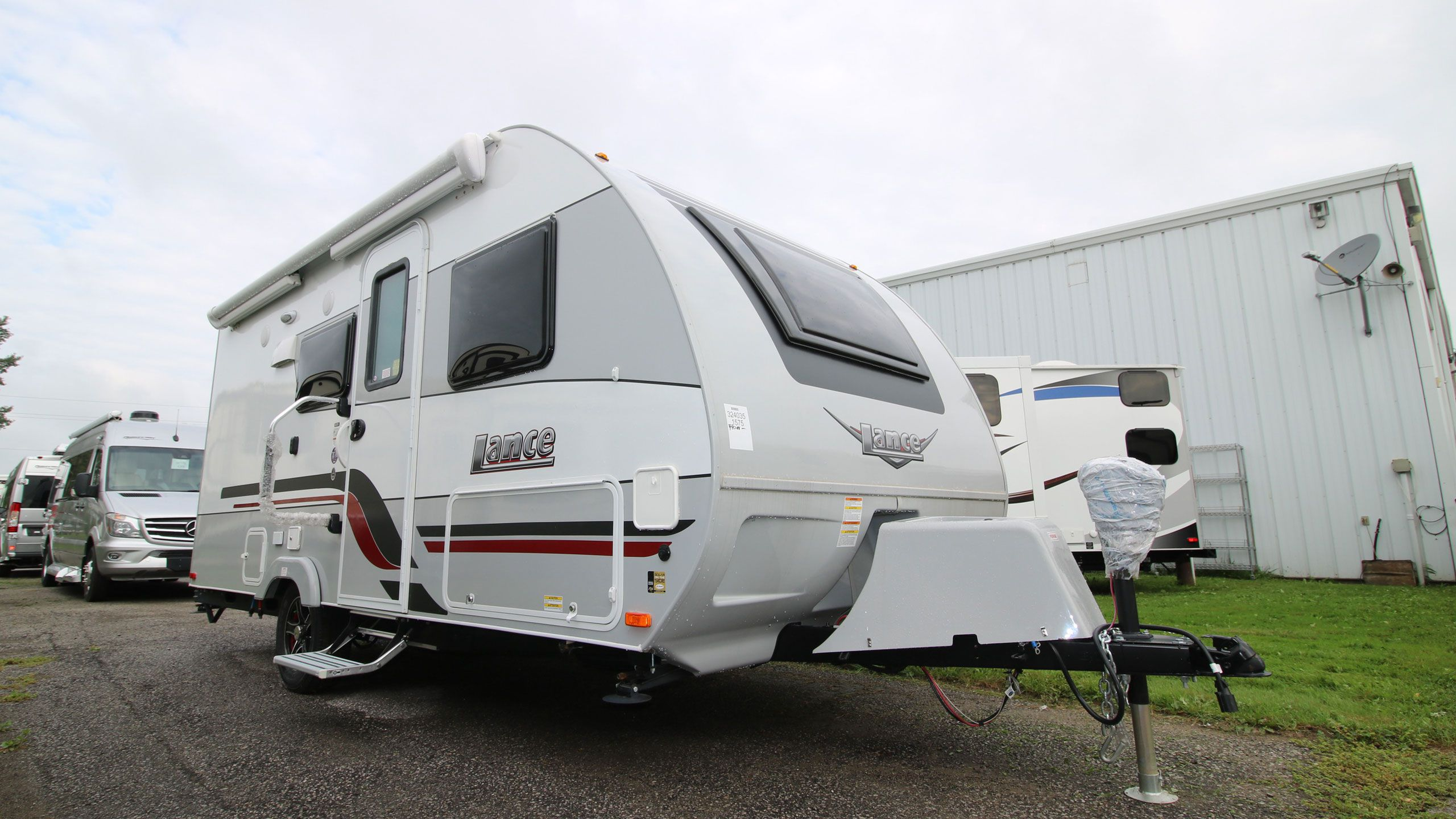 Lance Travel Trailers - Airstreams   Campers   Can-Am RV