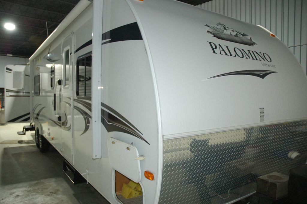 2011 FOREST RIVER Palomino T-281