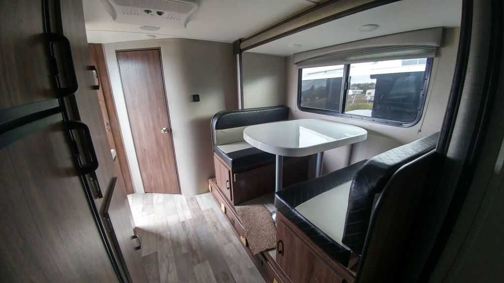 New 2019 Travel Lite Aura A 23rb Travel Trailer Erin