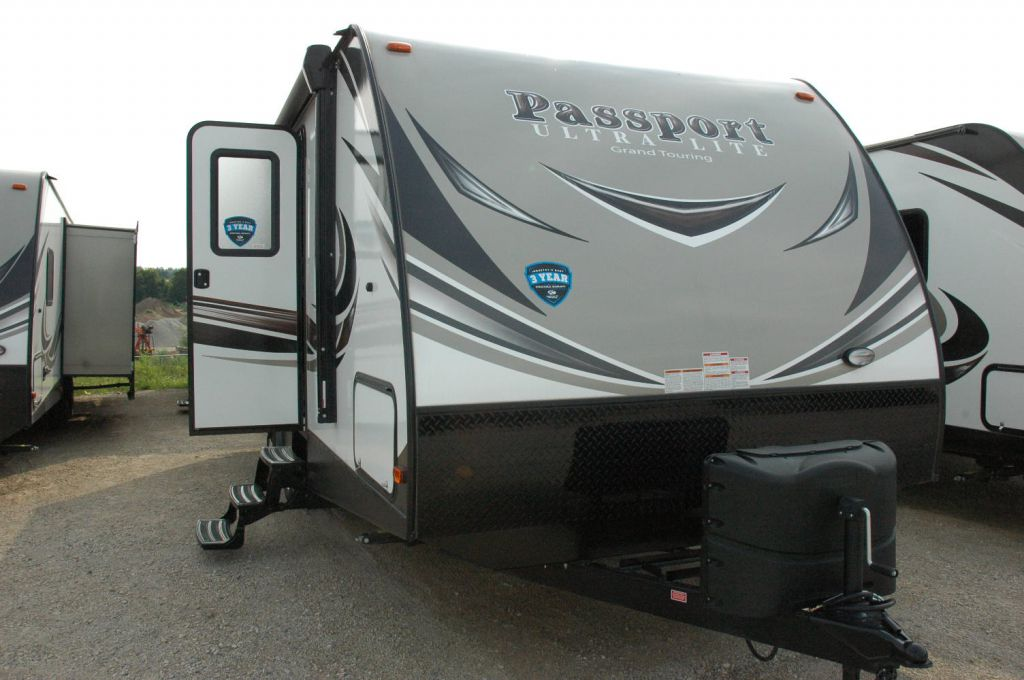 2019 KEYSTONE RV PASSPORT 2400BH