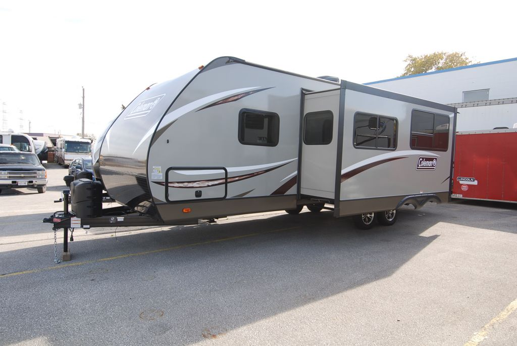 2018 COLEMAN 2855BH Light Series