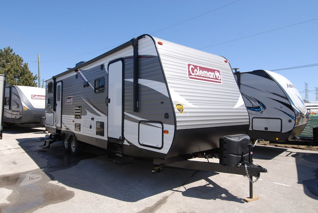 2019 COLEMAN 285BH Outside Kitchen