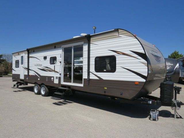 2019 FOREST RIVER WILDWOOD 36BHBS