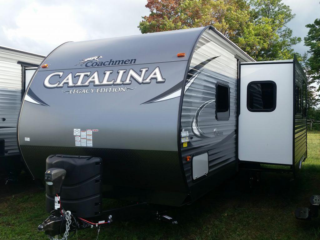 Original NEW 2018 COACHMEN CATALINA 243 RBS FOR COUPLES TRAVEL TRAILER  522173