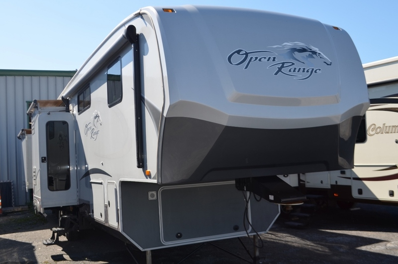 used fifth wheel trailers for sale in alexandria on. Black Bedroom Furniture Sets. Home Design Ideas