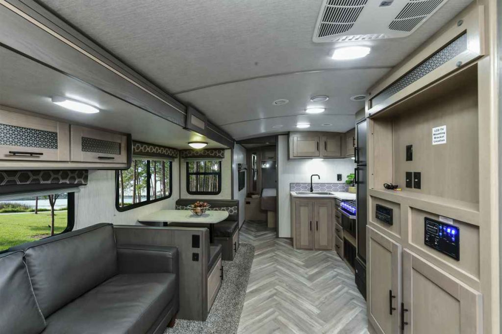 2021 CRUISER RV Shadow Cruiser 277BHS
